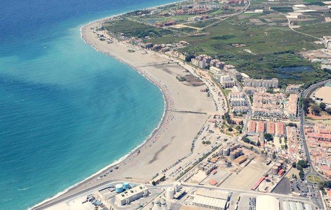 playa de poniente motril costa tropical de granada